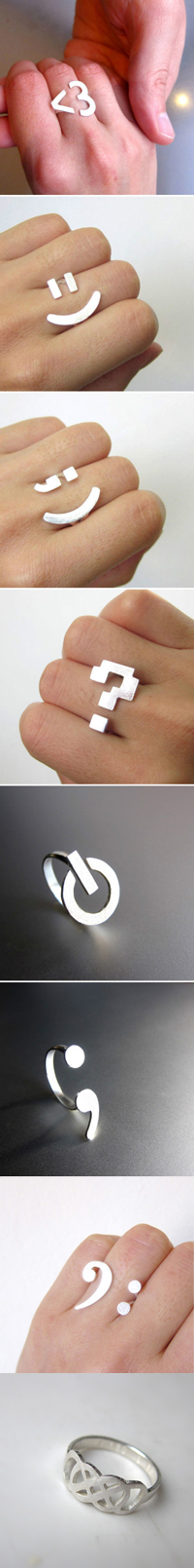 Smilely face emoticon silver ring